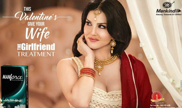 Sunny Leone & Esha Gupta